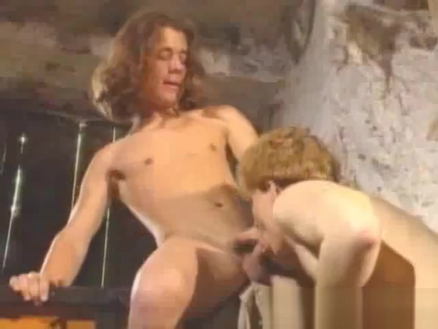 Robin of Gaywood 05 Chubby woman handjob cock cumshot