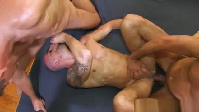 three guys fuck raw Korean crossdresser