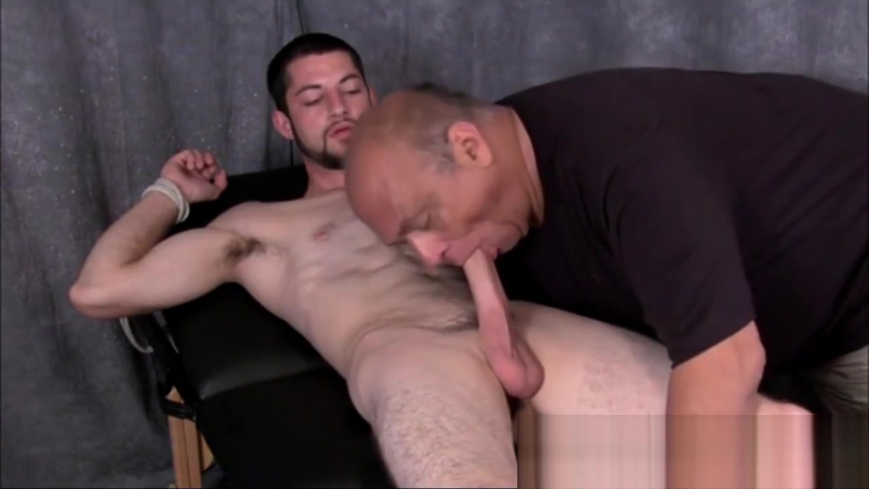 Ripped Muscle Stud Is Tied Up and Sucked Off by Older Fuck friends meet up in room to have sex