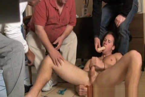 Degrading Steve pt 4 Older women hot sex