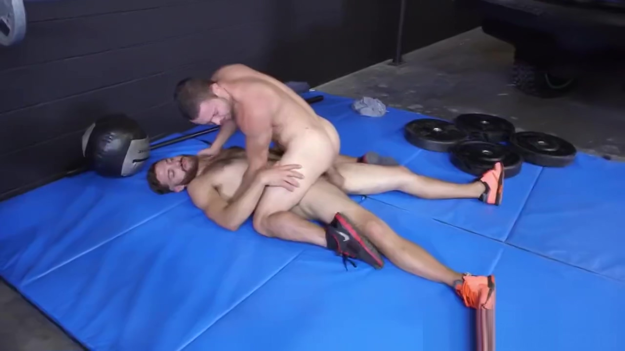 Jock gets asshole banged by long dong in gym Junior miss nudist pageant gallery
