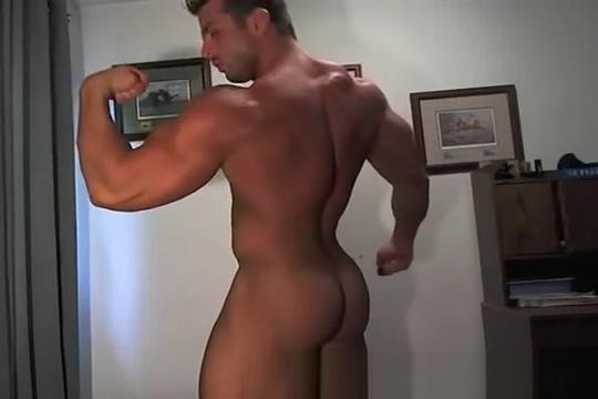 Frank on webcam Black bbw masturbates while standing