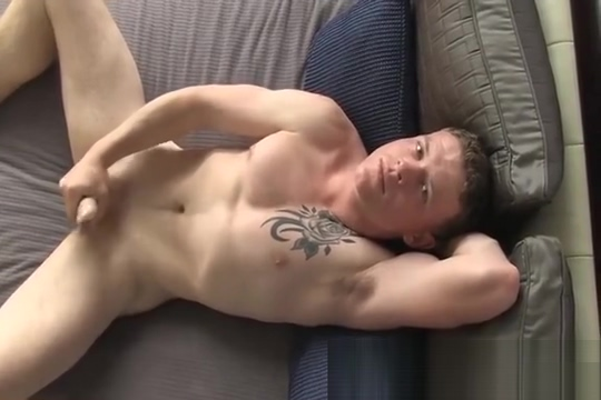 Aamon shows off Mature shows his cock outdoors