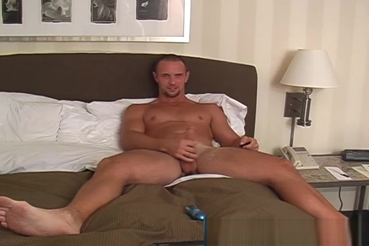 Joey shows off nude naked beautiful amazon