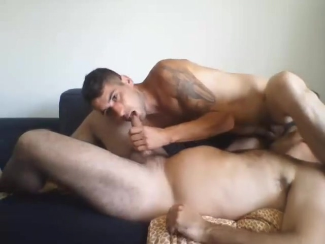 Two friends bored in cam Free basic dildo