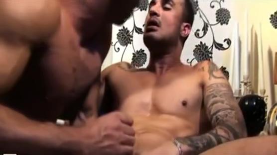 Sergio Serrano and Mateo Perez Sarhos Uykulu