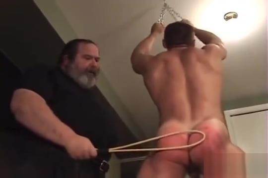 When all else fails spank him ! Girl fucking monkey video