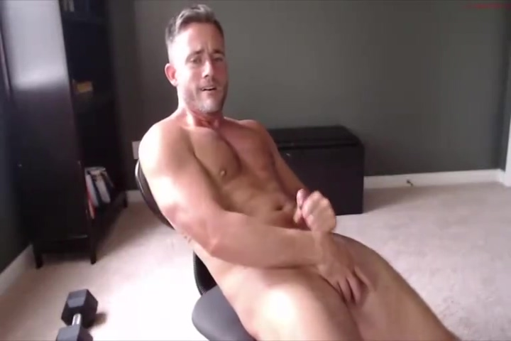 verbal hunk jerks off on cam Super sexy porn tube