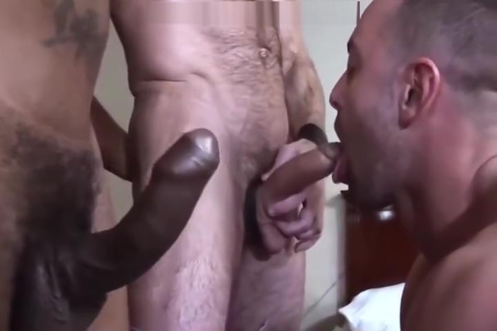 Hombres Follando a pelo y Criando Hottie is stuffing her fuck holes with sexaids