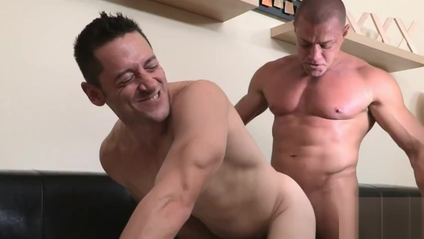 Ari Sylvio Tyler Saint Women who wanna fuck in Costa Rica