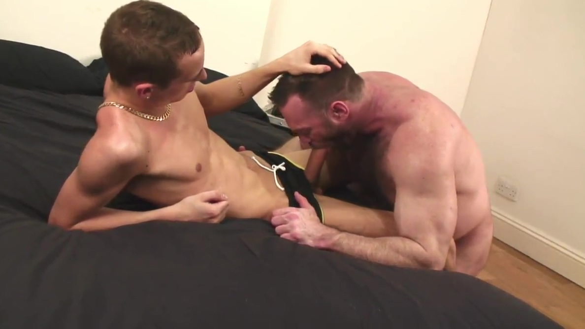 Manly stud ramms twinks tight butt after he licks it Amateur beauty wrestling before pussylicked