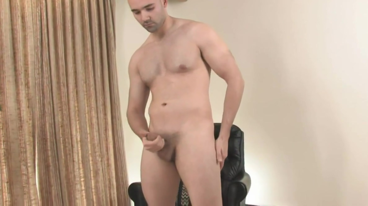 Bald guy gets his dick hard and storkes it just for you Africagana Xxxcom
