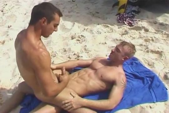 Chris and Brendan Milf Handjob Porno