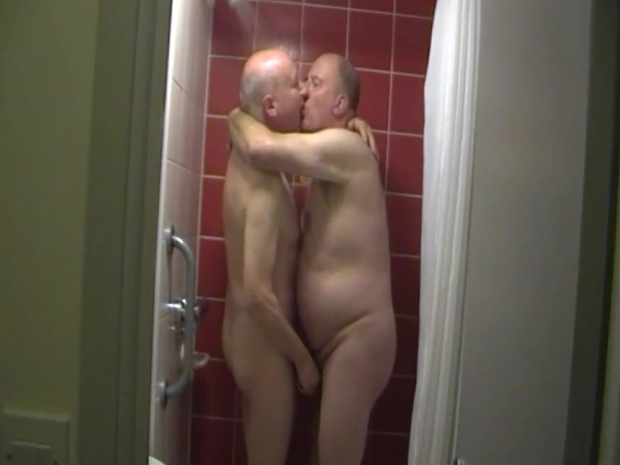 Anyone for a Shower? Cheater has to watch his girlfriend getting fucked