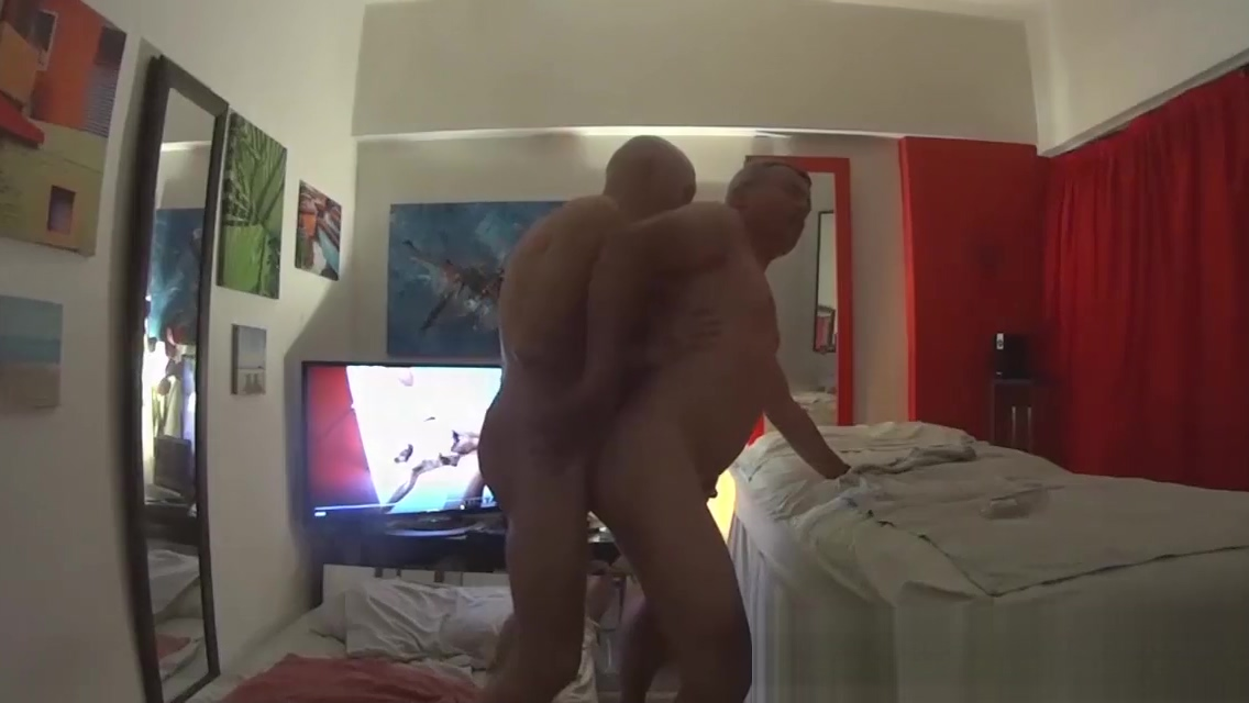 MASSEUR TOP FUCK CLIENT by Nudemassage Underground bbs art nano