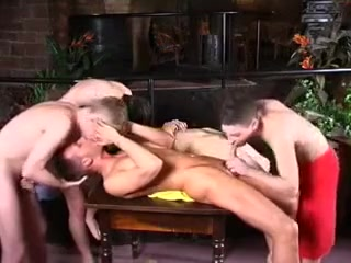 Gay twinks in orgy video of gay oral sex