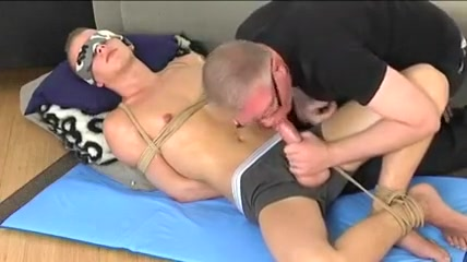 Bondage Boy Smerf lick my ass