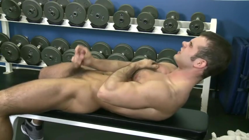Solo male at the gym Chinese big titsporn xxx