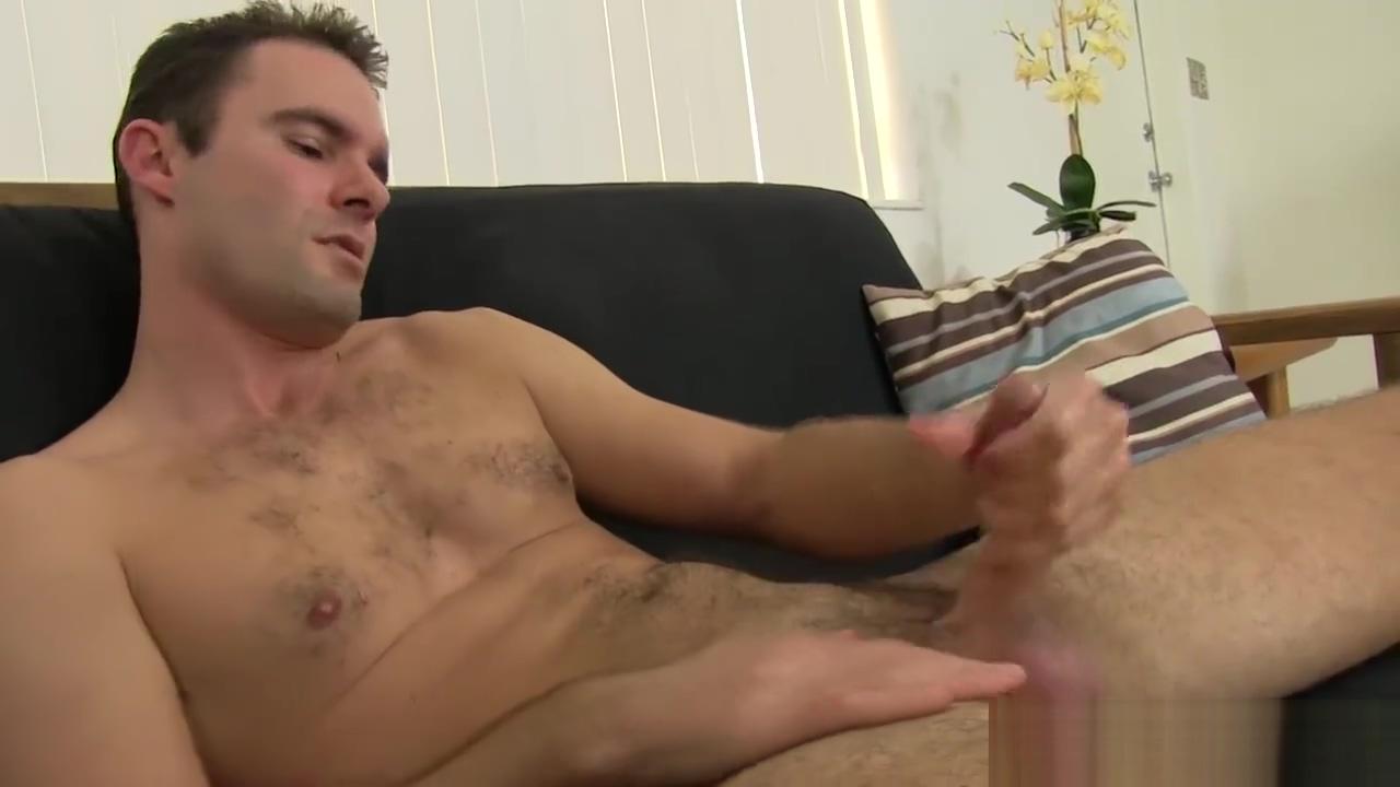 Hairy and Hung Daddy Cameron Kincade Jacks Off Strutt British