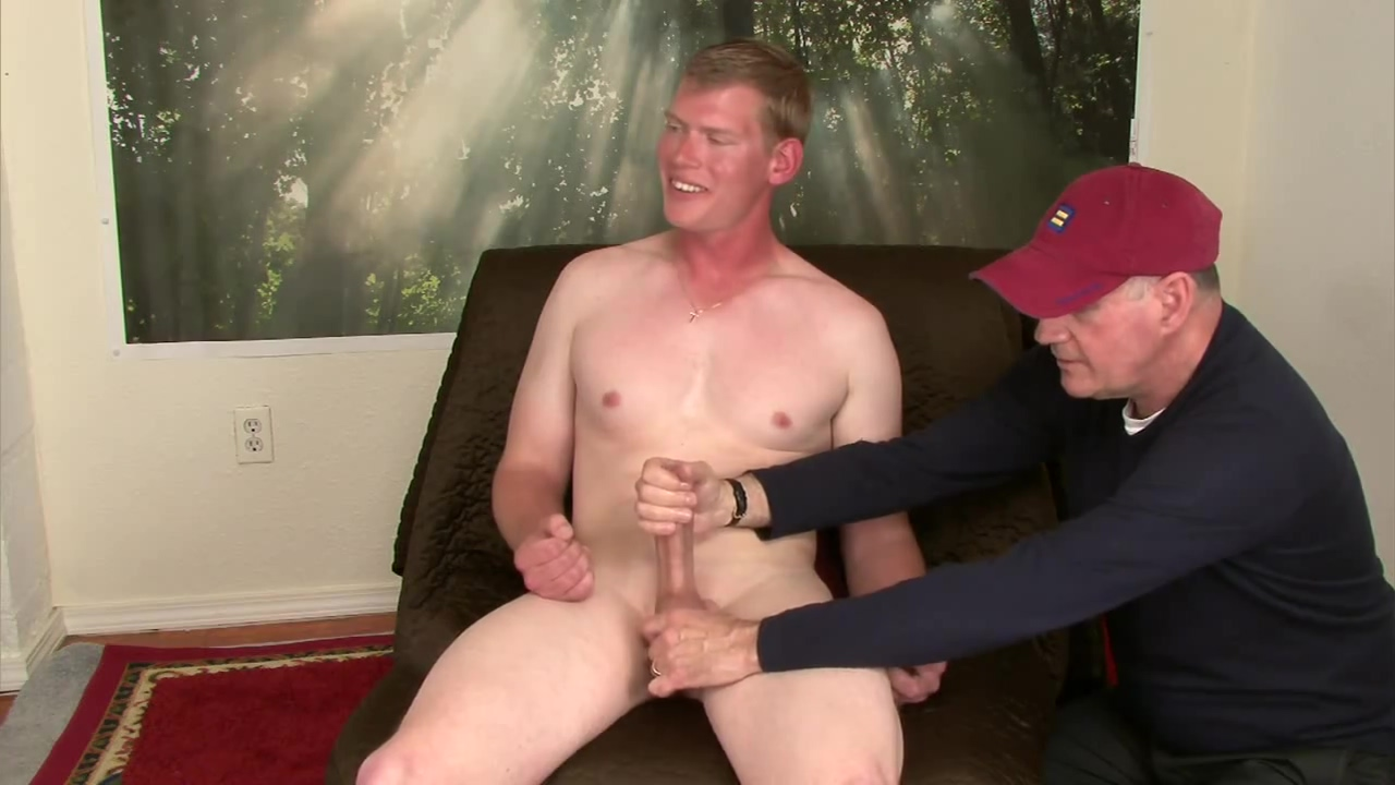 I pay tall str8, blond, hung Darrel for his pussy porn audition,I tell him he has to let me blow him Questions to ask to get to know
