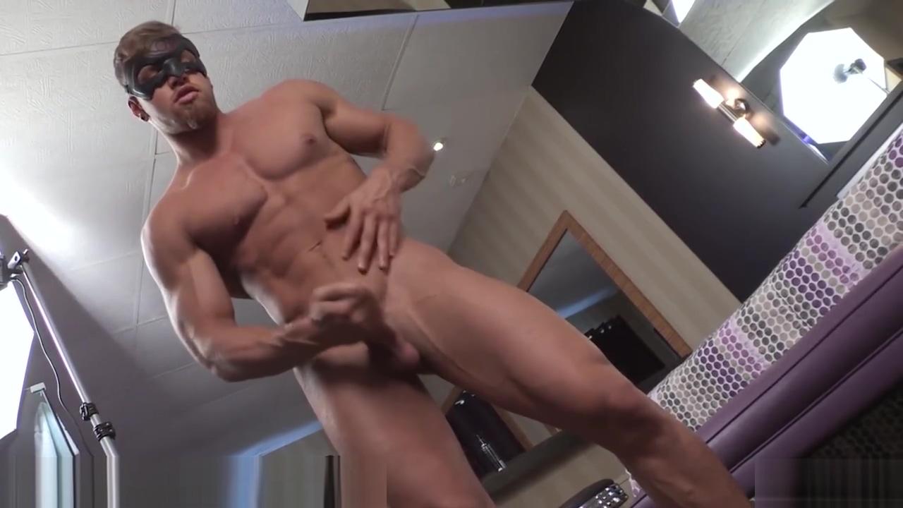 Maskurbate Brad Making Pascal Eat His Cum Dancing bears cum shots