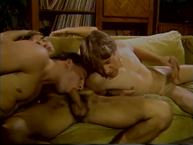 What threesomes were like in the 80s - Stallion Video Exciting love affair in beautiful paradise island