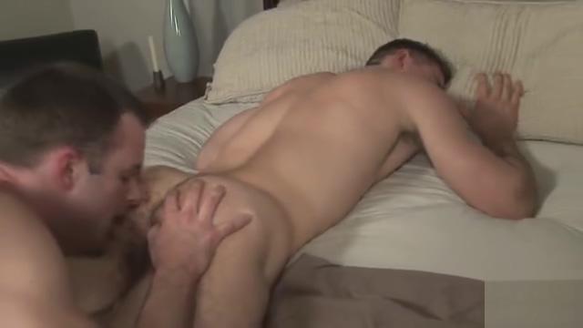 Parker fucks Brett (2006) Nude pics of eva