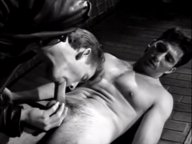 Bareback In the Ally - Bacchus Skinny hard porn