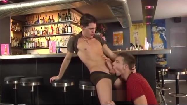 Bartender gives VIP treatment - Foerster Media Naked hardly fucked girls