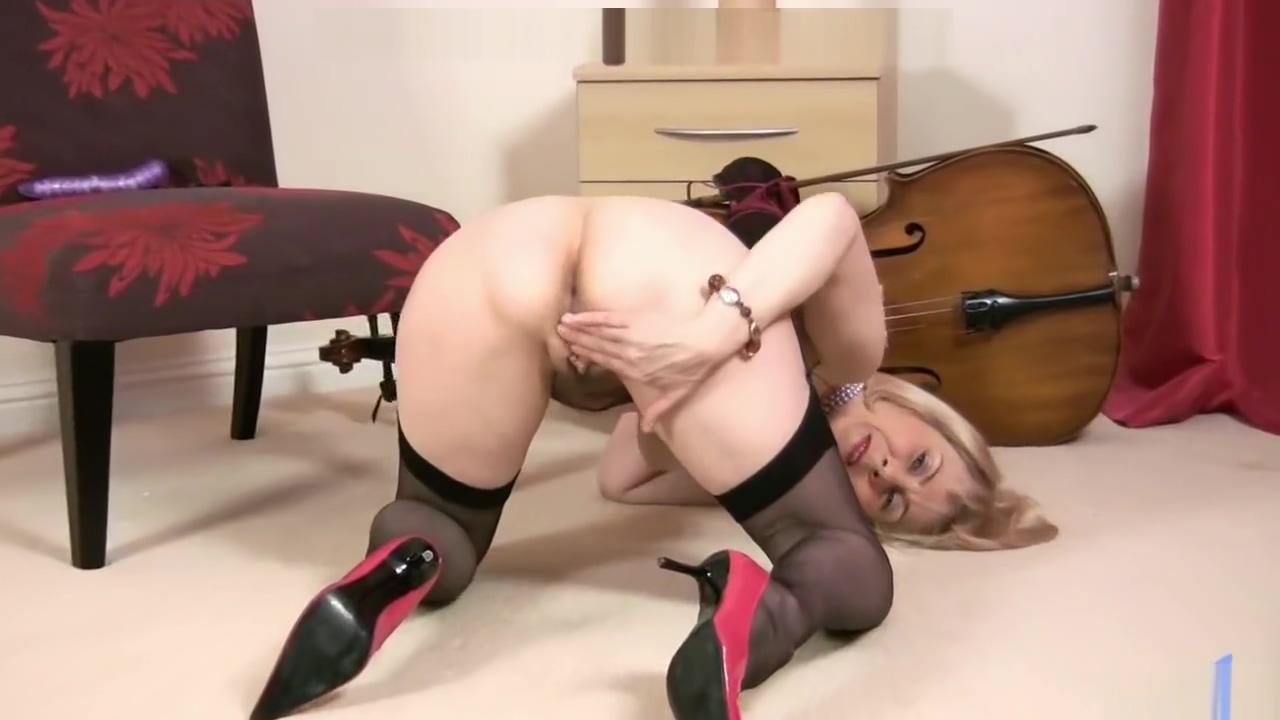 Vivien Goodman - full Cello video - Liverpool Scouse mom Nude big boobs indian