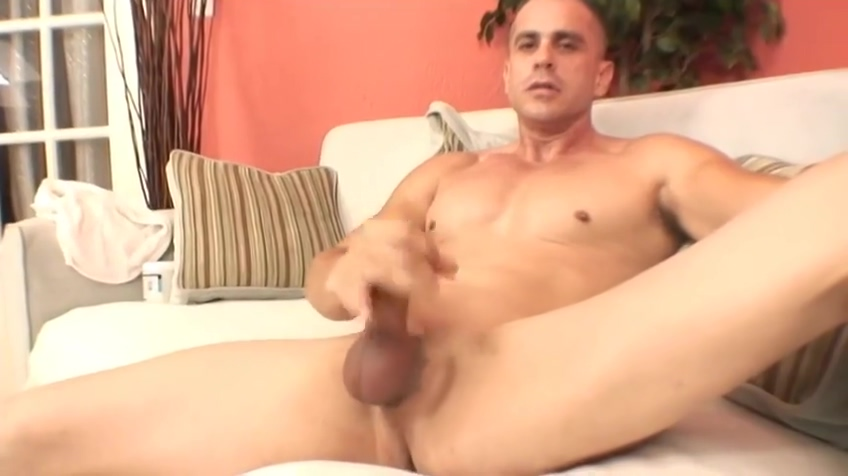 Sexy muscular man gets sucked Clitoral masturbation stories