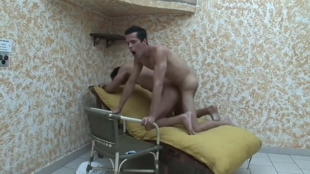 barebacking big dicks Kaley cuoco naked with a dildo