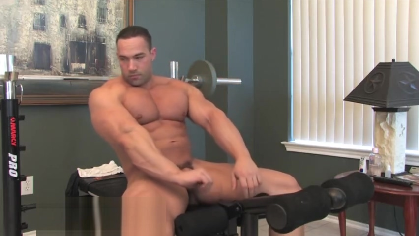 Haydn Taggert msucel solo sex starved milf catches boy