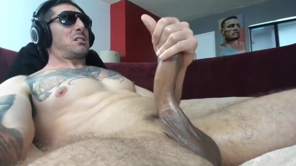 Dad Jerking for You girls with nice bootys