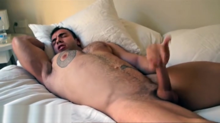 Max Hilton Loup garou gokou online dating