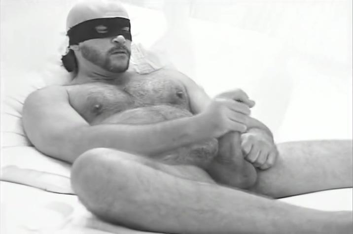 Zoro uses hand instead of head De ir al masajista con un masaje muy morboso