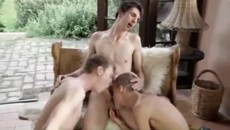 Cuties 3some porn video free thai