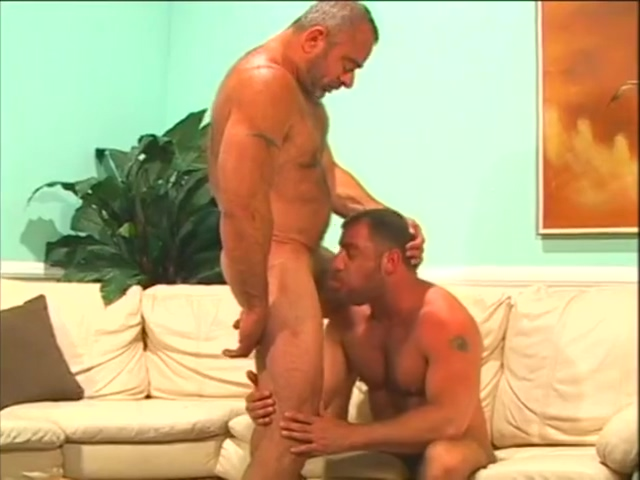 daddy stud Bending Over Rear Plugged fee gay cams naught