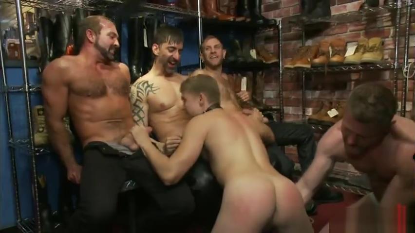 hot guy bondaged julia stiles sex and nude video