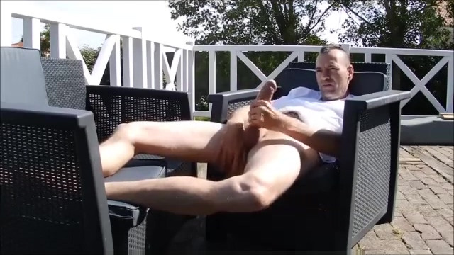 Jerk Off On The Terrace home made asian porn