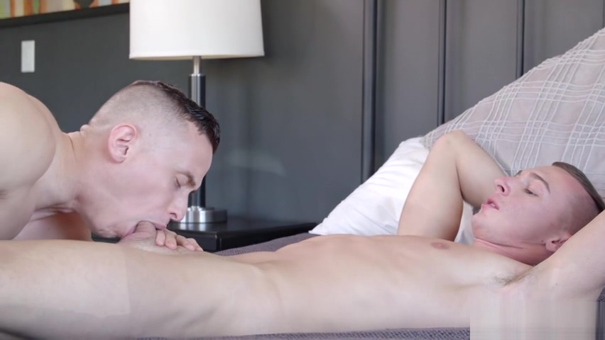 Muscular Gym Boys Putting the Gains and Dicks in Use - Ryker Fox and Dante Martin mature memen in panties