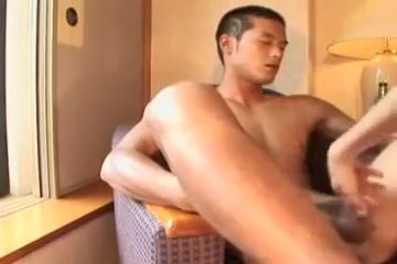Asian Jock gets a new experience Carolyn lesson milf