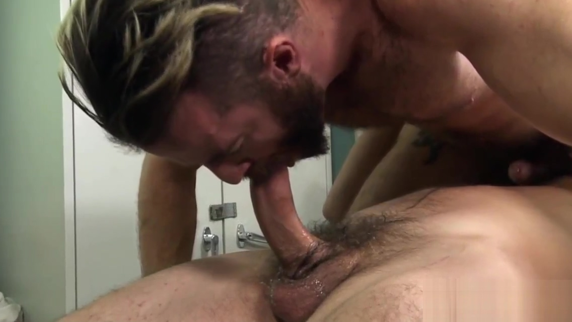 Hunk licks hairy gay dudes asshole Best online dating sites 2018 crossovers comparison between