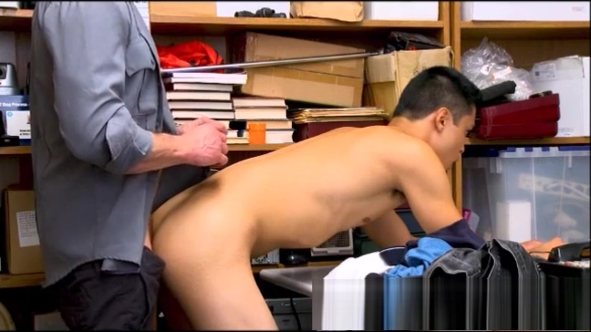 Asian Twink Criminal fucked bareback by a muscle daddy cop Lesbian full hd movies