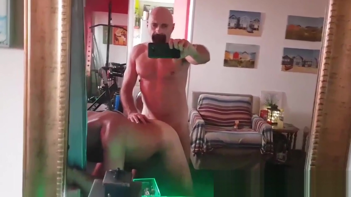 TRAINER GYM FUCK BAREBACK by Nudemassage Naked selfies sexy