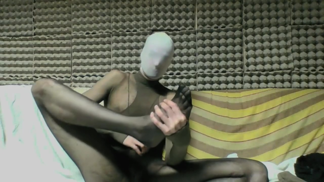 YOUNG GUY IN BLACK AND TAN PANTYHOSE ENCASEMENT MASTURBATING Super hot naked latinas