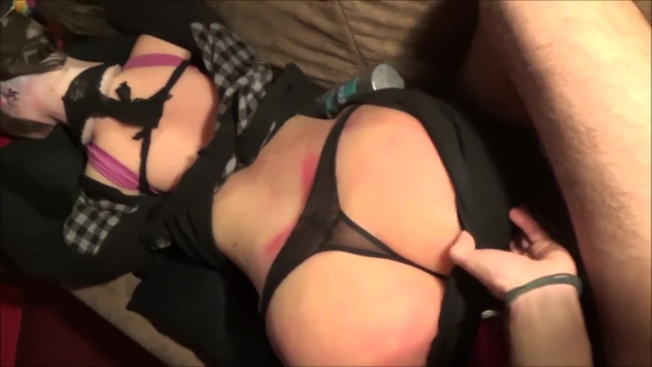 Oiled Up Cutie With Smoking Hot Booty Nude mutual masturbation pictures