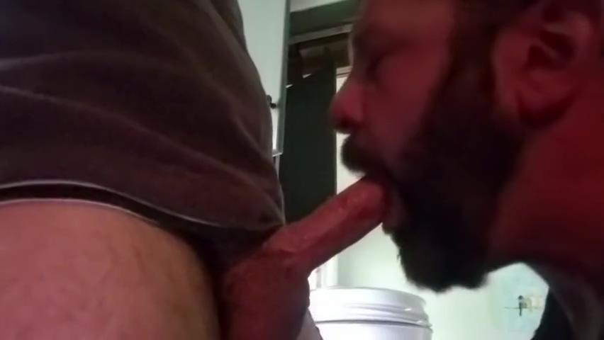 Married dude unloads on lunch again Nice ass saggy mature