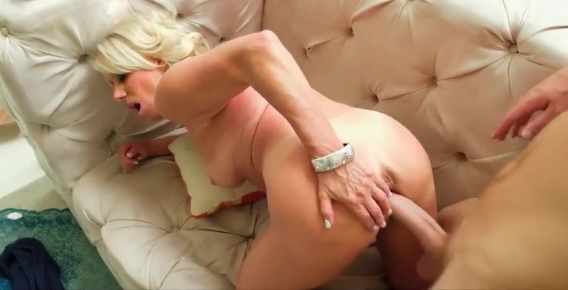 50Yr Old Mature Milf Shows How You Should Be Fucked porn free women warrior naked movie