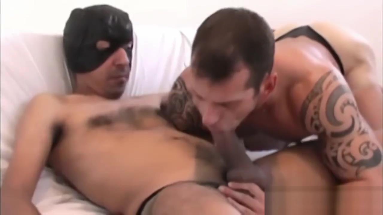 Bubble Butt Takes Kong Dick Free hot ass porn